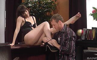 Messy cumshot on ass of provocative secretary Dana DeArmond