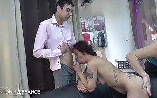 Cecilia Sex-mad tattooed brunette gets sodomized