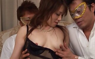 Kinky fuck frivolity in the evening with a cum loving Asian chick
