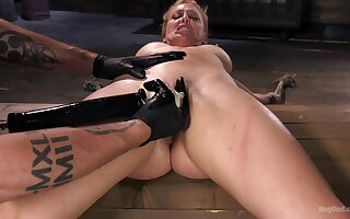 Pleasure and pain for 	submissive Cherie DeVille in a Dom's oubliette
