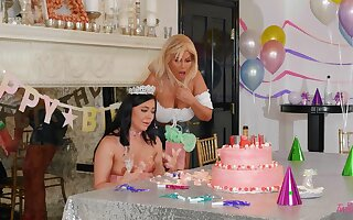 Stunning women patch birthday pleasures going to bed with toys