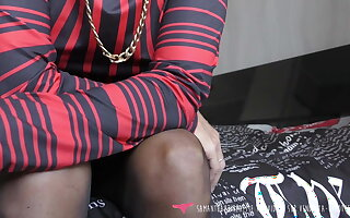 Vends-ta-culotte - French MILF Teasing and Improper Talk