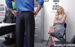 Luring blond milf Aaliyah Love is punished for shoplifting