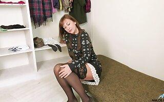 Seductive aged woman Rafaella is inventiveness young suppliant