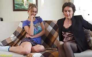Relaxed boyfriend cuckold his extreme left alone home made lesbian