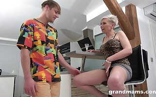 Young buck gets his kicks with his slutty aging stepmother