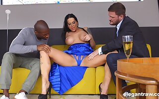 Tall Hungarian MILF Simony Diamond loves anal sexual congress and MMF threesomes