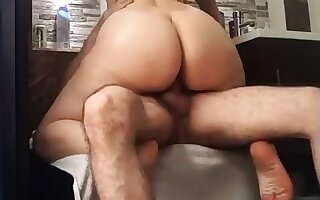 Nice cellulitic hither latin ass riding