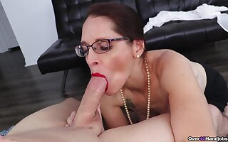 Mature sucks cock like a depraved whore and craves upon acquisition bargain