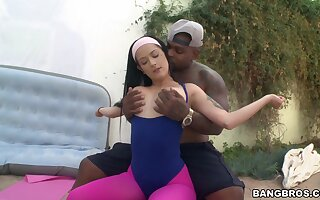 Fitness fanatic Katrina Jade breaks from her workout adjacent to fuck BBC