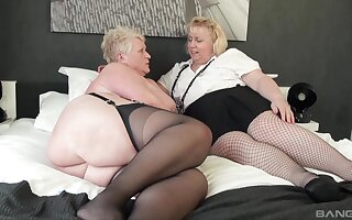 Chubby matures Racy Ginger and Lexie Cummings play with a dildo
