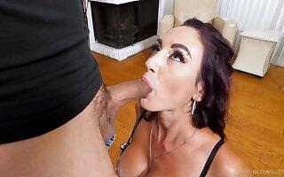 Sweetie gags until the man starts splashing jizz on her lips