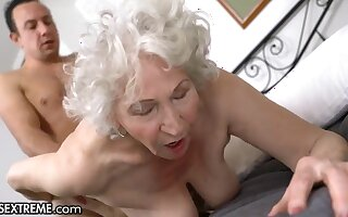 Horny Guy Helping Be transferred to Old Granny Next Door - Big mature pain in the neck