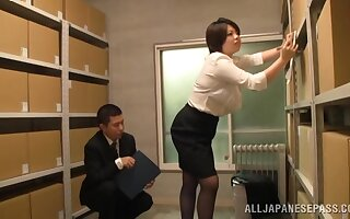 Japan mature gets laid at the office