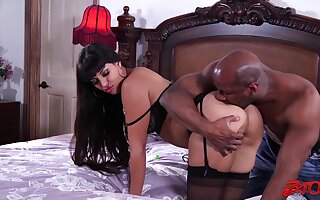 Interracial sex with wife Mercedes Carrera while hubby watches