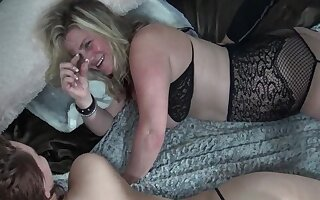 Amateur swingers enjoying blowjobs and hardcore fucks in foursome orgy
