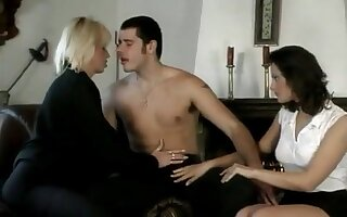 Horny blonde gets her slutty asshole fucked