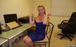 Sexy blonde bitch Jana Hicks with big tits pleasuring a hard prick