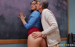 Brunette tutor Bella Rolland fucked on the table by her student