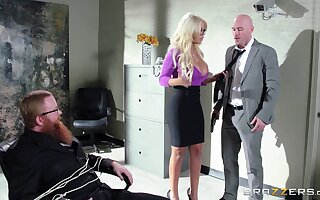 Boss with a consequential member persuaded peaches journo for intercourse - Bridgette