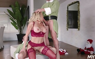Hot holiday threeway with Christmas cutie Brandi Love and two elves