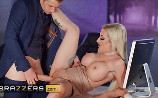 Voluptuous Office Milf Skyler Mckay Anally Fucked By Humongous Cock
