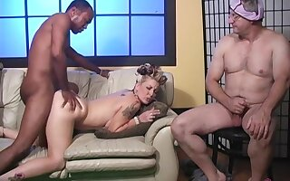 Unsophisticated tits wife Candy Monroe rides a stiff black dick - Cuckold