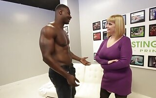 Big titted blonde, Disagreement has get it up with a black hunk, simply to get fucked fixed