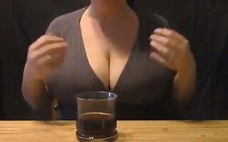 Damn I love this woman's full milky tits and I'd love close by suck them dry