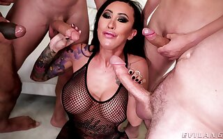 Asian hustler jests and sucks dicks in premium gang burgeon XXX action