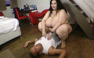 Russian Ssbbw Monster Booty Crushing Mendicant