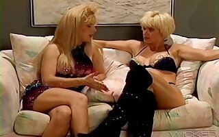 Retro video of lesbo models Lois Ayres with the addition of Marissa Malibu