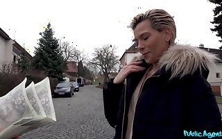 Enterprising babe Subil Arch will fianc� for cold, moolah