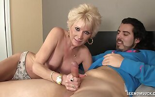 Aroused auntie loves carrying-on with nephew's young dick