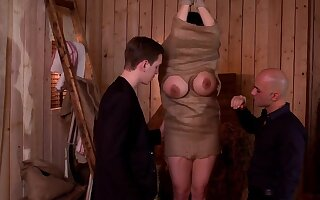 Amateur mature is set be incumbent on her first dealing play along two young hunks